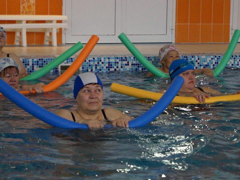 Мастер-класс по аквааэробике для лиц старшего возраста